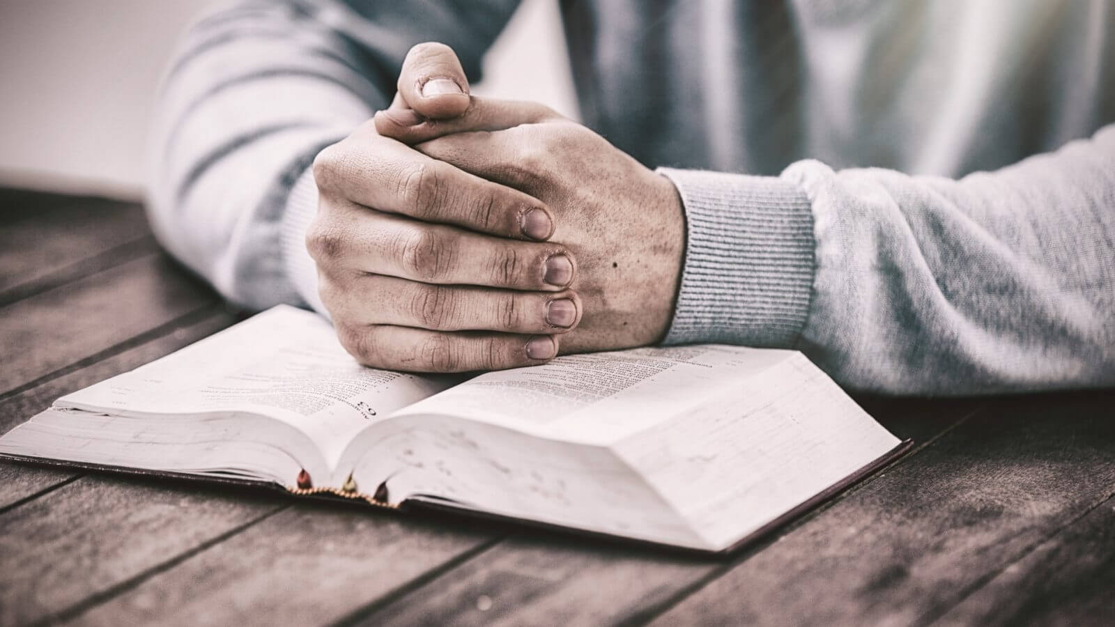 Best Study Bibles | Top 10 Bible Study Books 2018