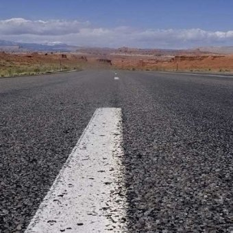 Long-Road-a-daily-devotional-by-Vince-Miller