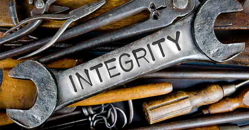 Integrity-a-daily-devotional-by-Vince-Miller